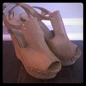 Brown charming Charlie wedges